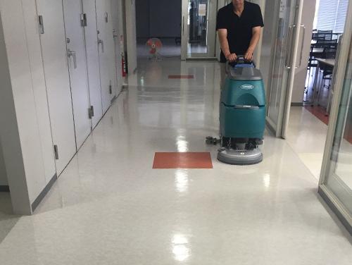 大学での日常清掃
