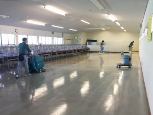 工場の定期清掃